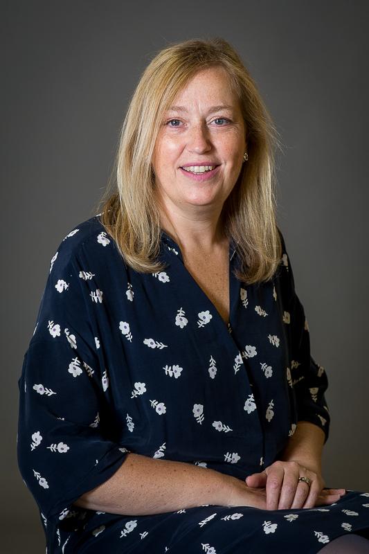 Mrs Susan Bell